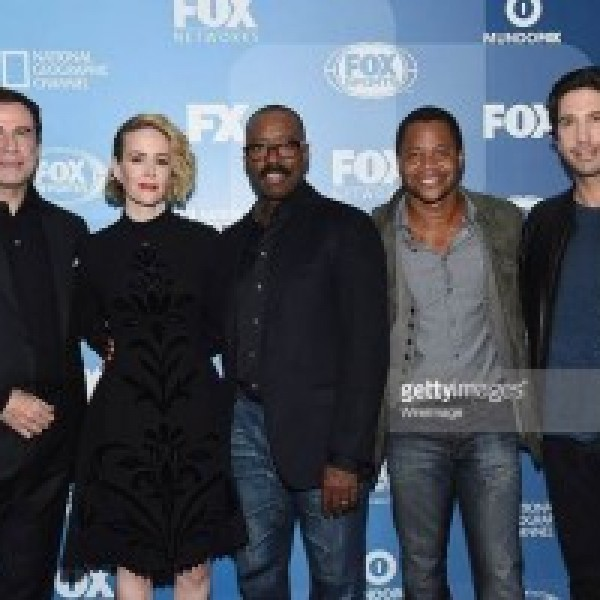 John Travolta appears with cast of American Crime Story at the 2015